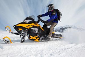 Прокат, туры, прогулки на снегоходах в Тюмени